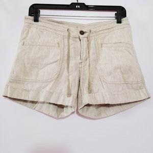 The north face women's short size 4